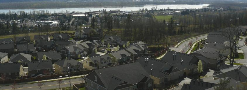 Homes with Columbia River in the Background